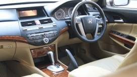 Honda-Accord-2013-2-4-AT-Interior