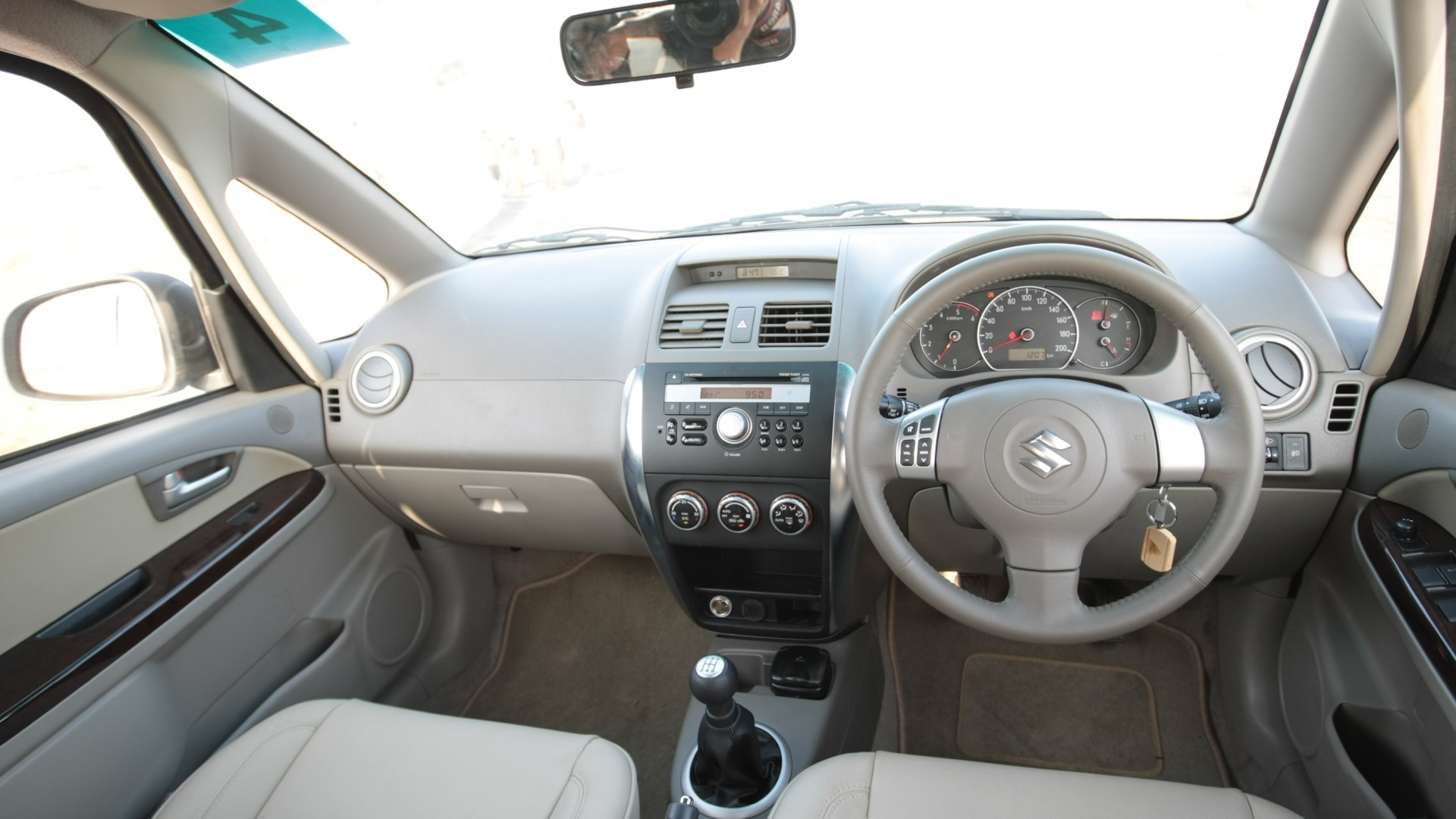Maruti-suzuki-sx4-2013-zdi-interior Car Photos