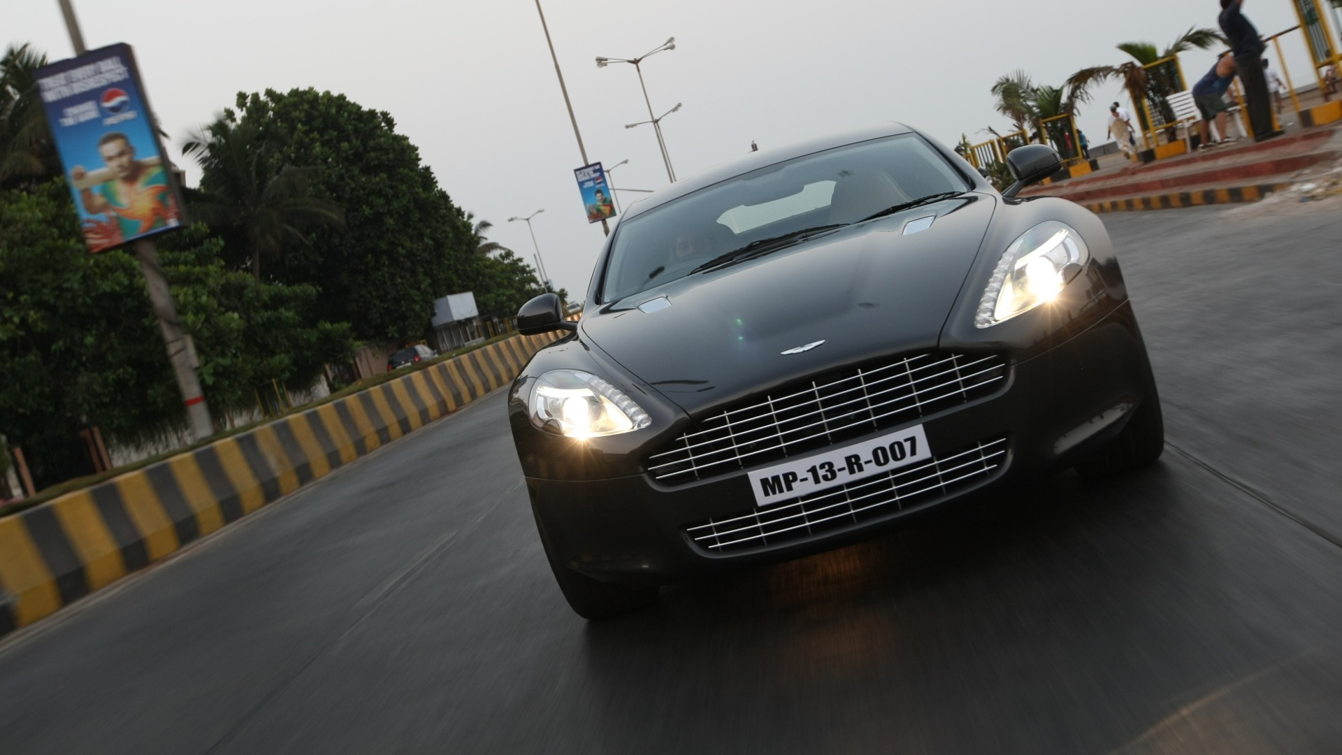 Aston Martin Rapide 2016 Price Mileage Reviews Specification