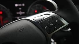 MercedesBenz-SLK-2013-350-Interior