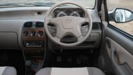 Tata-Indica-2013-eV2-CR4-LE-Interior