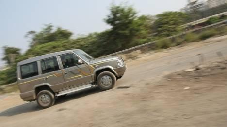 Tata Sumo Gold 2012 CX Exterior