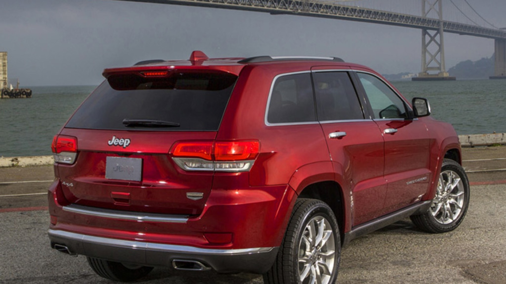 jeep grand cherokee 2017 price mileage reviews specification gallery overdrive. Black Bedroom Furniture Sets. Home Design Ideas
