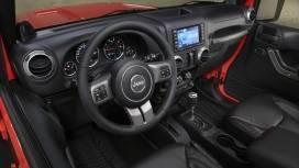 Jeep-Wrangler-2013-STD-Interior
