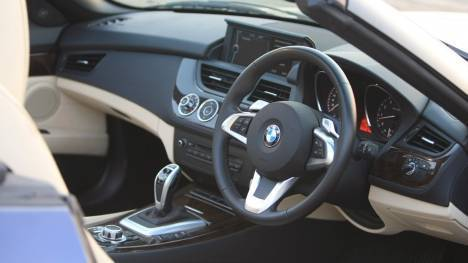 BMW Z4 2013 sDrive35i Design Pure Traction Interior
