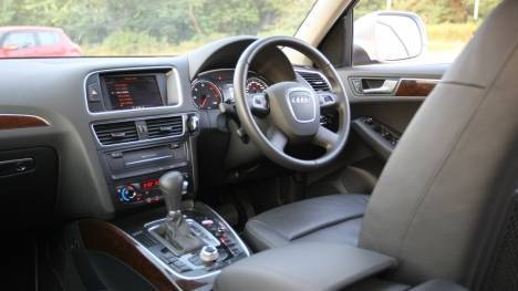 Audi Q5 2017 Diesel Std Interior