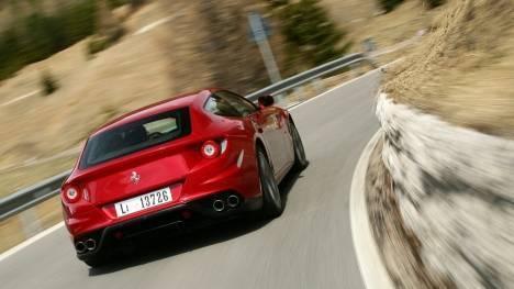 Ferrari FF 2013 STD Comparo
