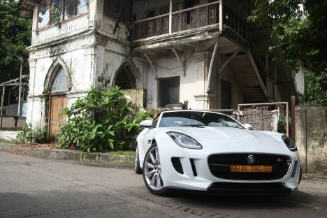 Jaguar F-Type 2014 R 550 PS Comparo