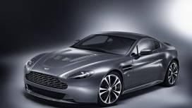 Aston Martin  Vantage V12 Exterior