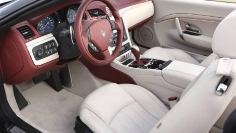 Maserati GranCabrio 2015 STD Interior