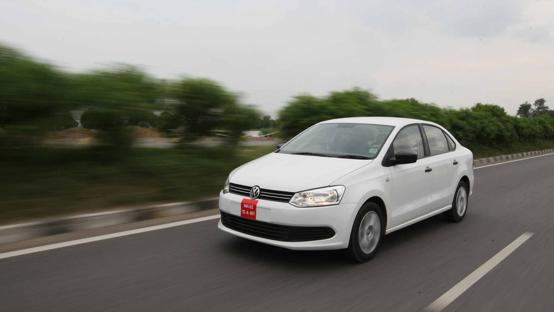 volkswagen vento 2017 price mileage reviews specification gallery overdrive. Black Bedroom Furniture Sets. Home Design Ideas