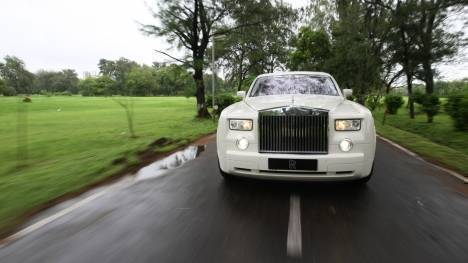 Rolls Royce Phantom 2015 Drophead Comparo