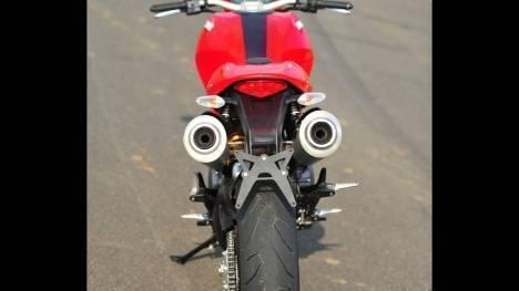 Ducati Monster 796 2015 Corse stripe Comparo