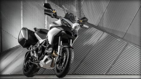Ducati Multistrada 1200 2016 Enduro Comparo