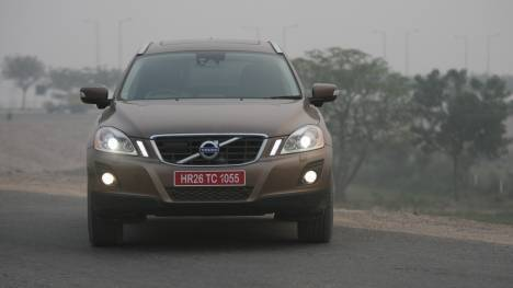 Volvo XC60 2014 Inscription  Comparo