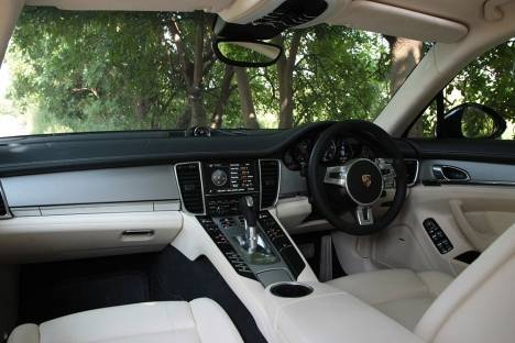 Porsche Panamera 2017 Turbo Executive Interior