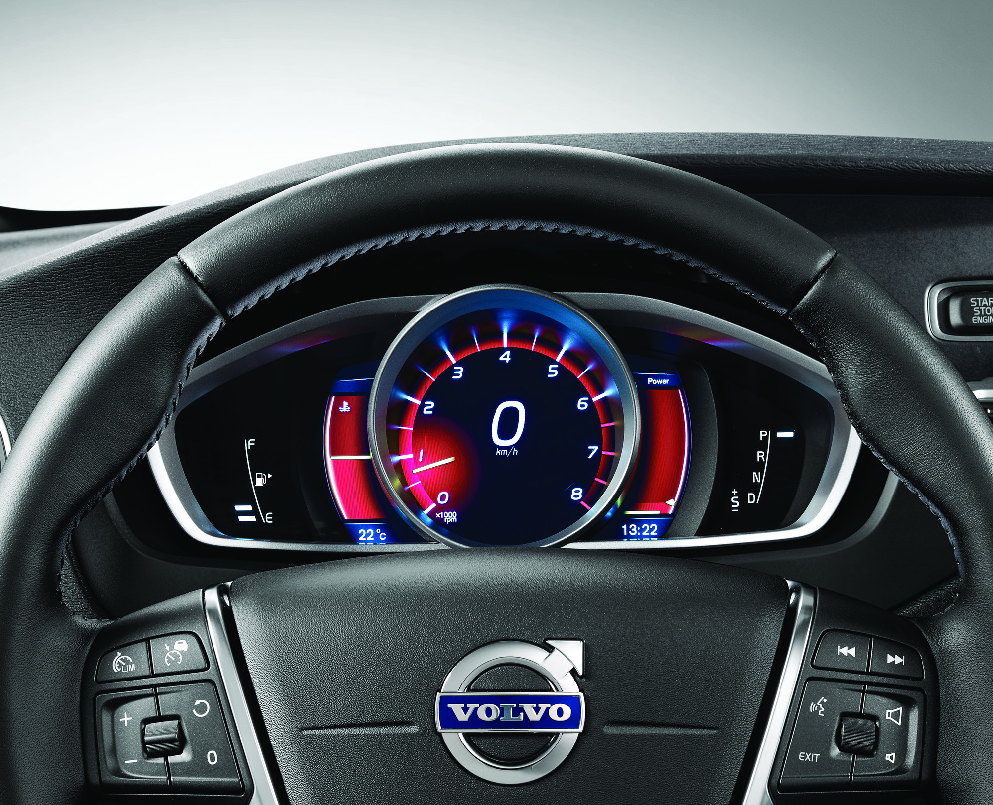 Volvo-V40-Cross-Country Interior Car Photos - Overdrive