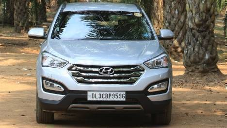 Hyundai Santa Fe 2014 4WD A/T   Price, Mileage, Reviews, Specification,  Gallery   Overdrive