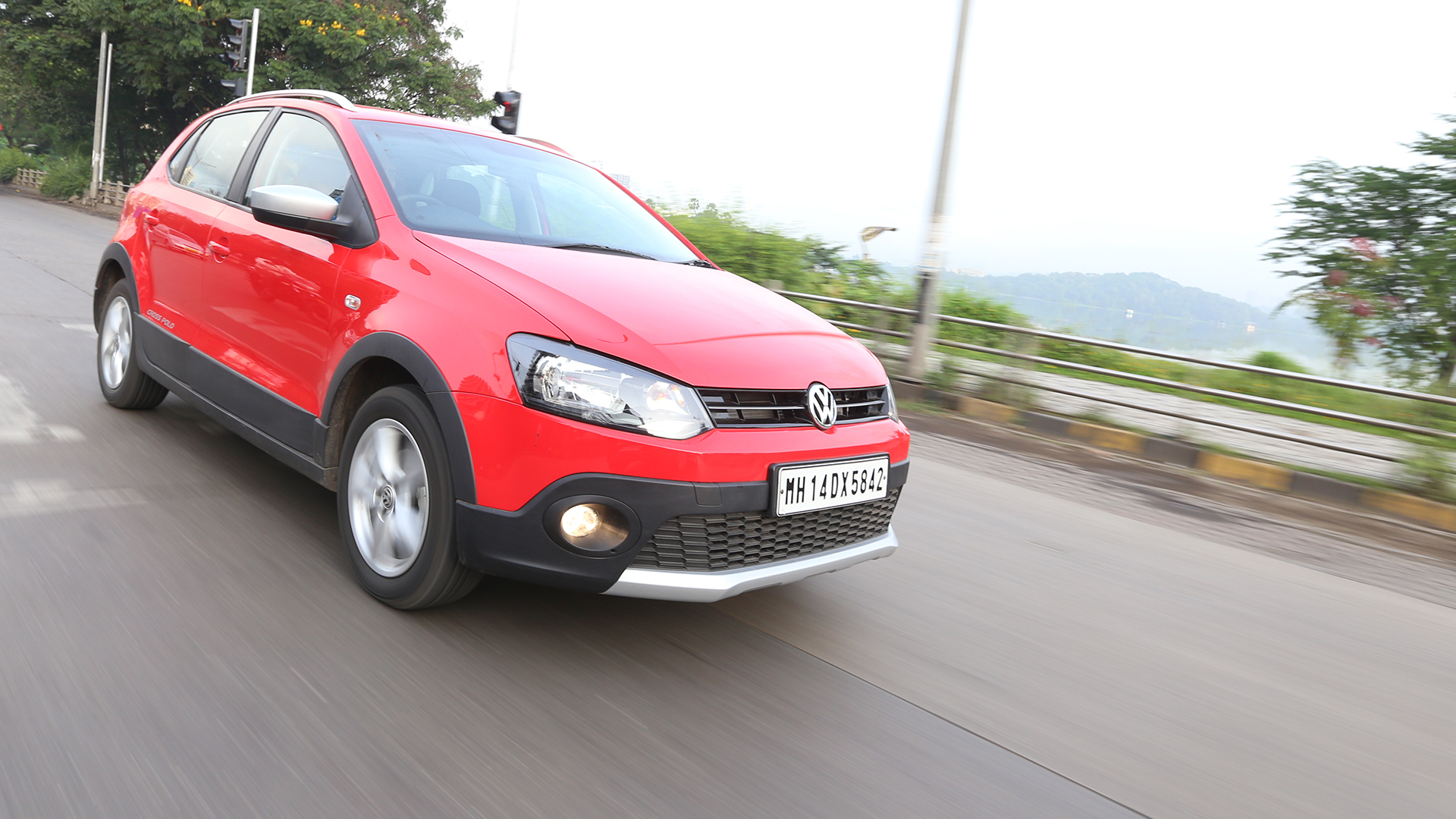 Volkswagen Cross Polo 2015 Exterior
