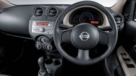 Nissan Micra Active 2013 XV S Interior