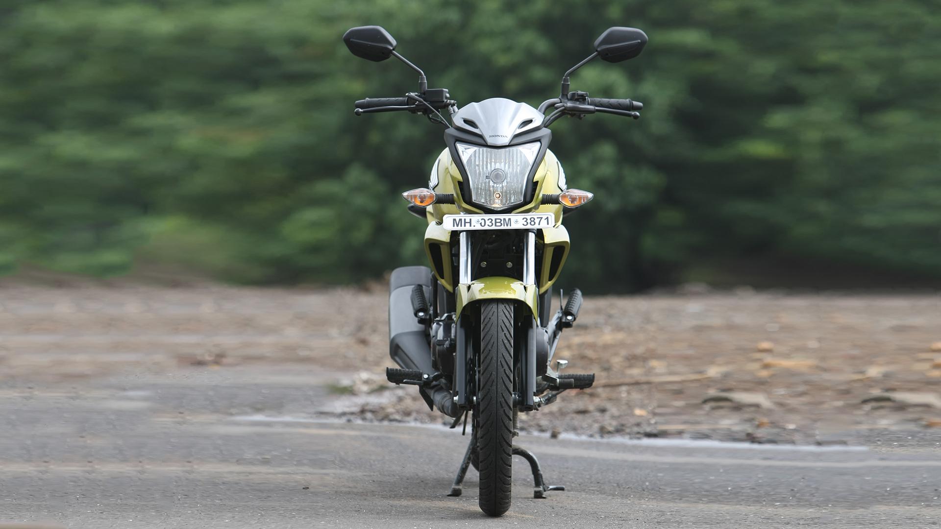 Honda CB Trigger 2013 Compare