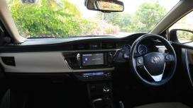 Toyota-Corolla-Altis 2014 Interior