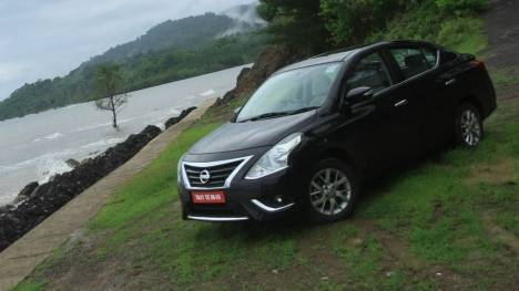 Nissan Sunny 2017 Price Mileage Reviews Specification