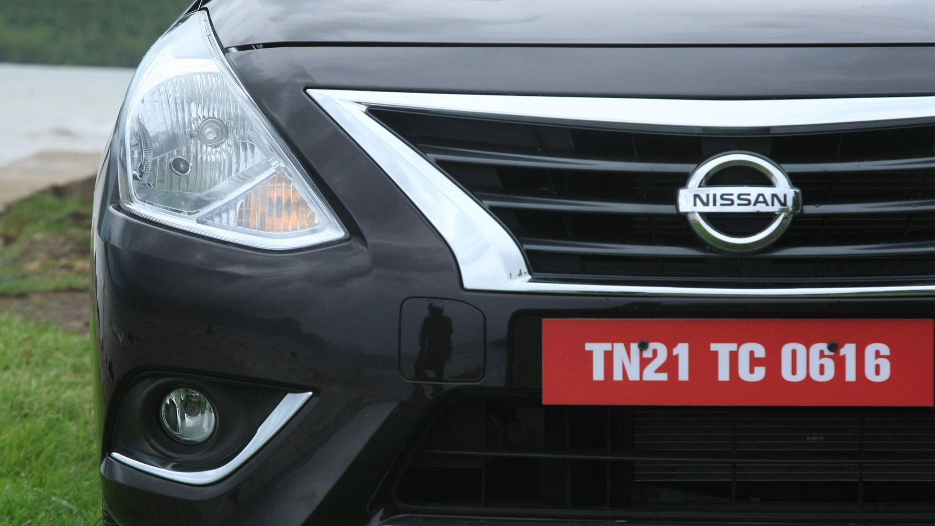 Nissan Sunny 2014 Exterior