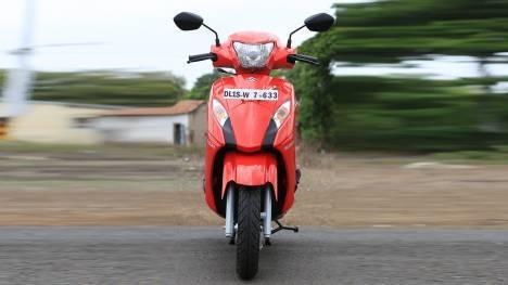 Suzuki Lets 2014 STD Comparo