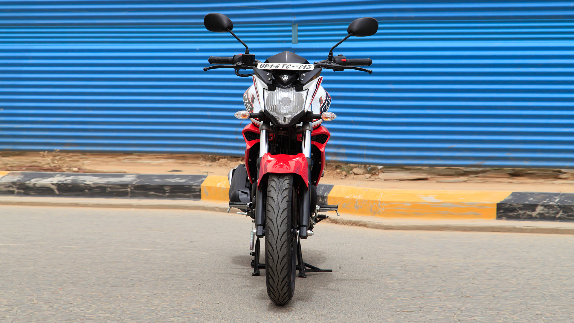 Yamaha FZ 2014 S Version 2.0 Compare