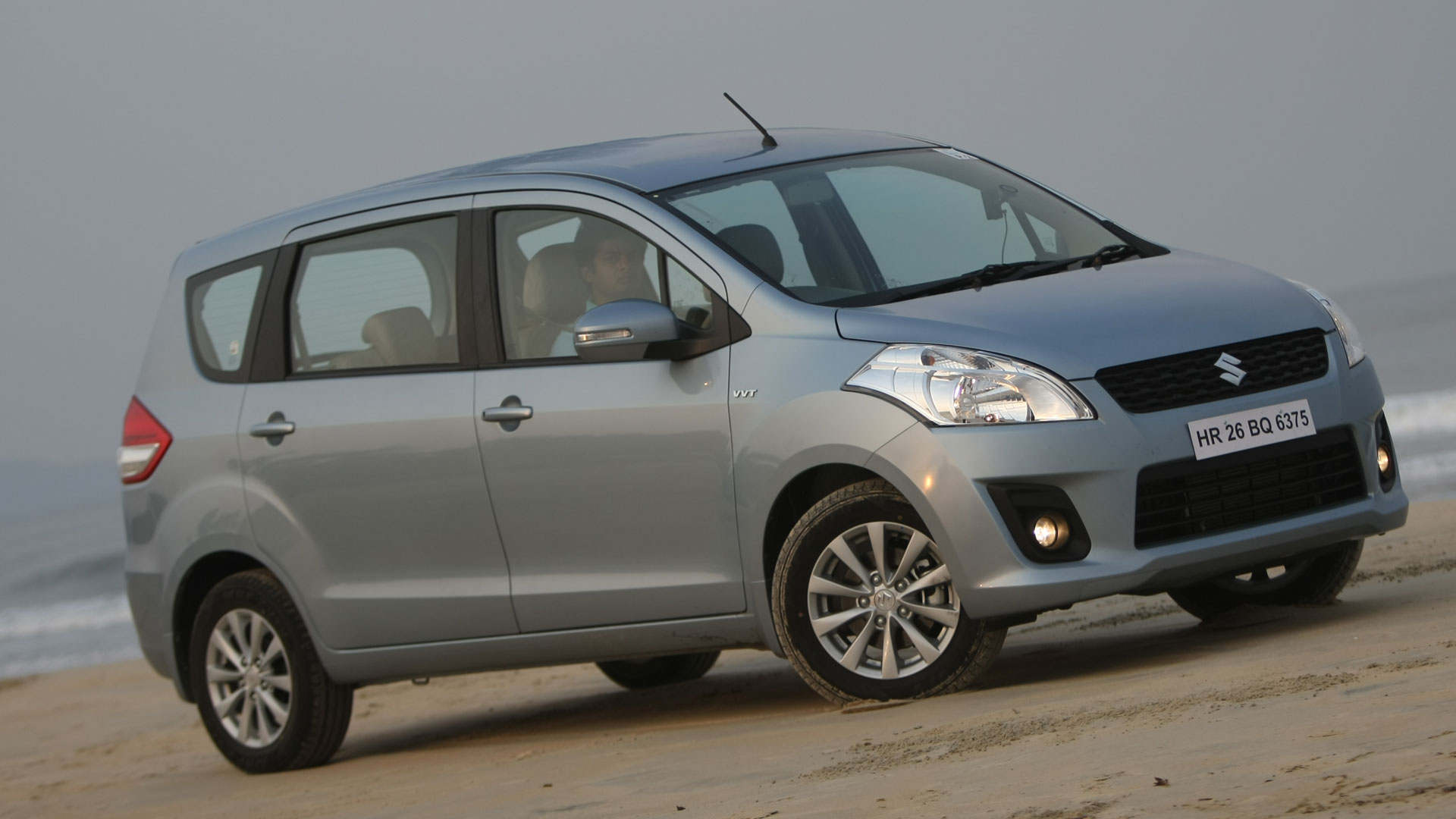Maruti Suzuki Ertiga 2015 Price Mileage Reviews Specification Gallery Overdrive