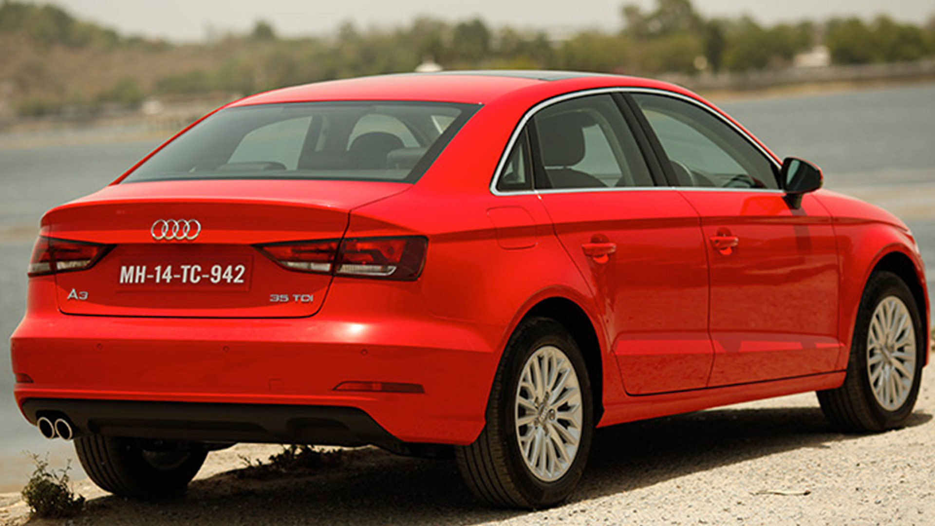 audi a3 2015 35 tdi attraction price mileage reviews. Black Bedroom Furniture Sets. Home Design Ideas