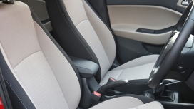 Hyundai-Elite-i20-2014 Interior