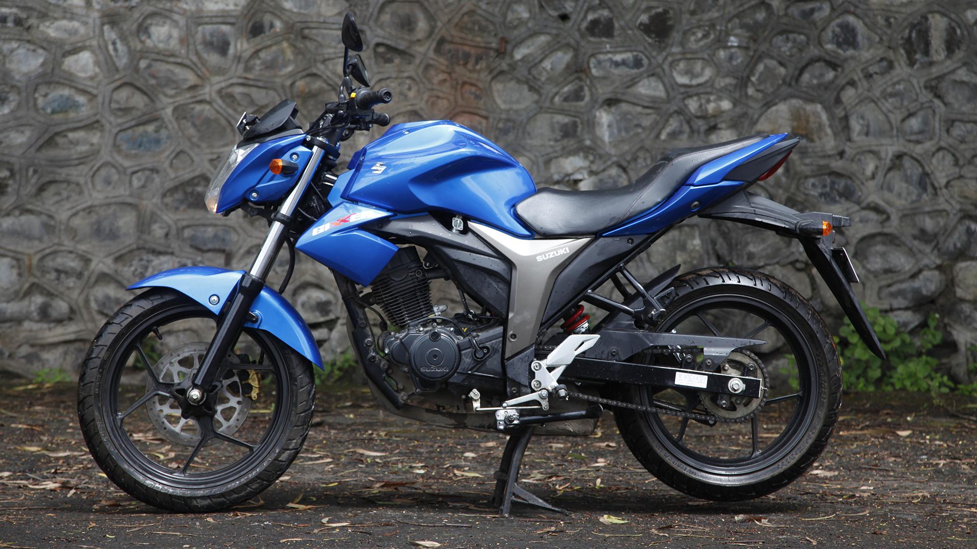 Suzuki Gixxer 2014 STD - Price, Mileage, Reviews ...