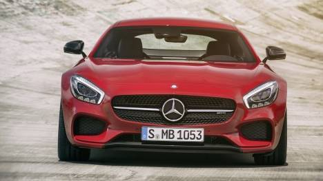 Mercedes-Benz GT 2014 AMG S Comparo