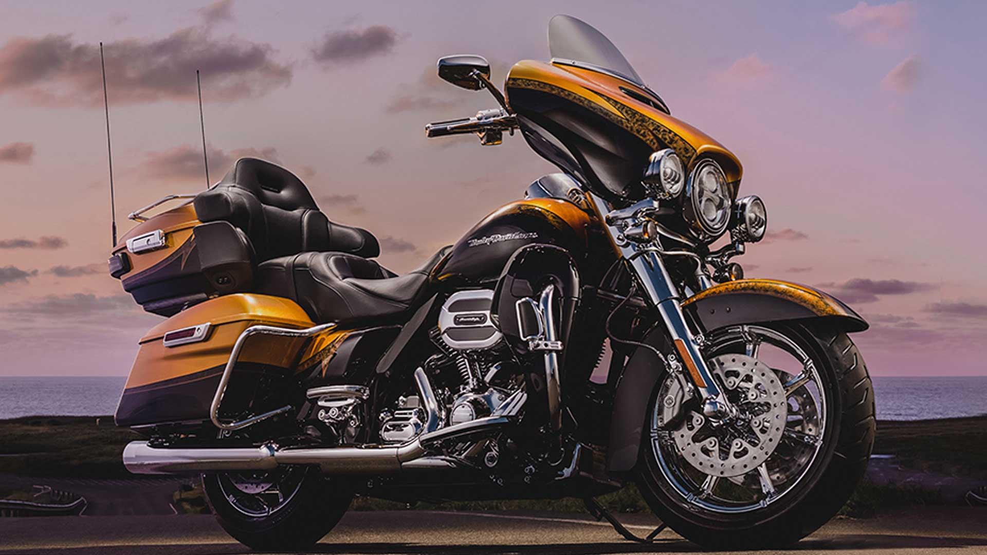 Harley-Davidson CVO Limited 2015 STD Exterior