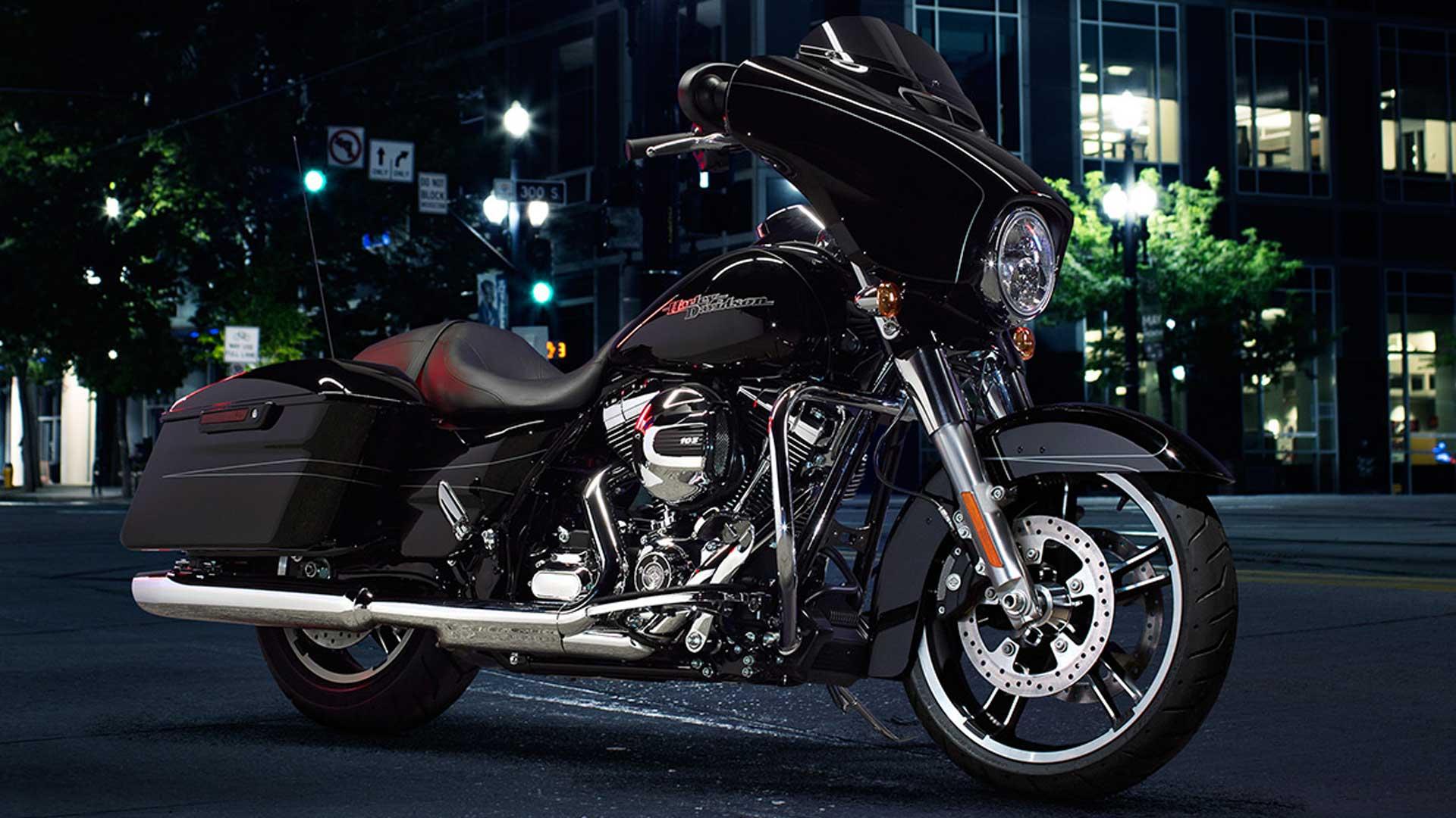 Harley-Davidson Street Glide 2015 Special Exterior