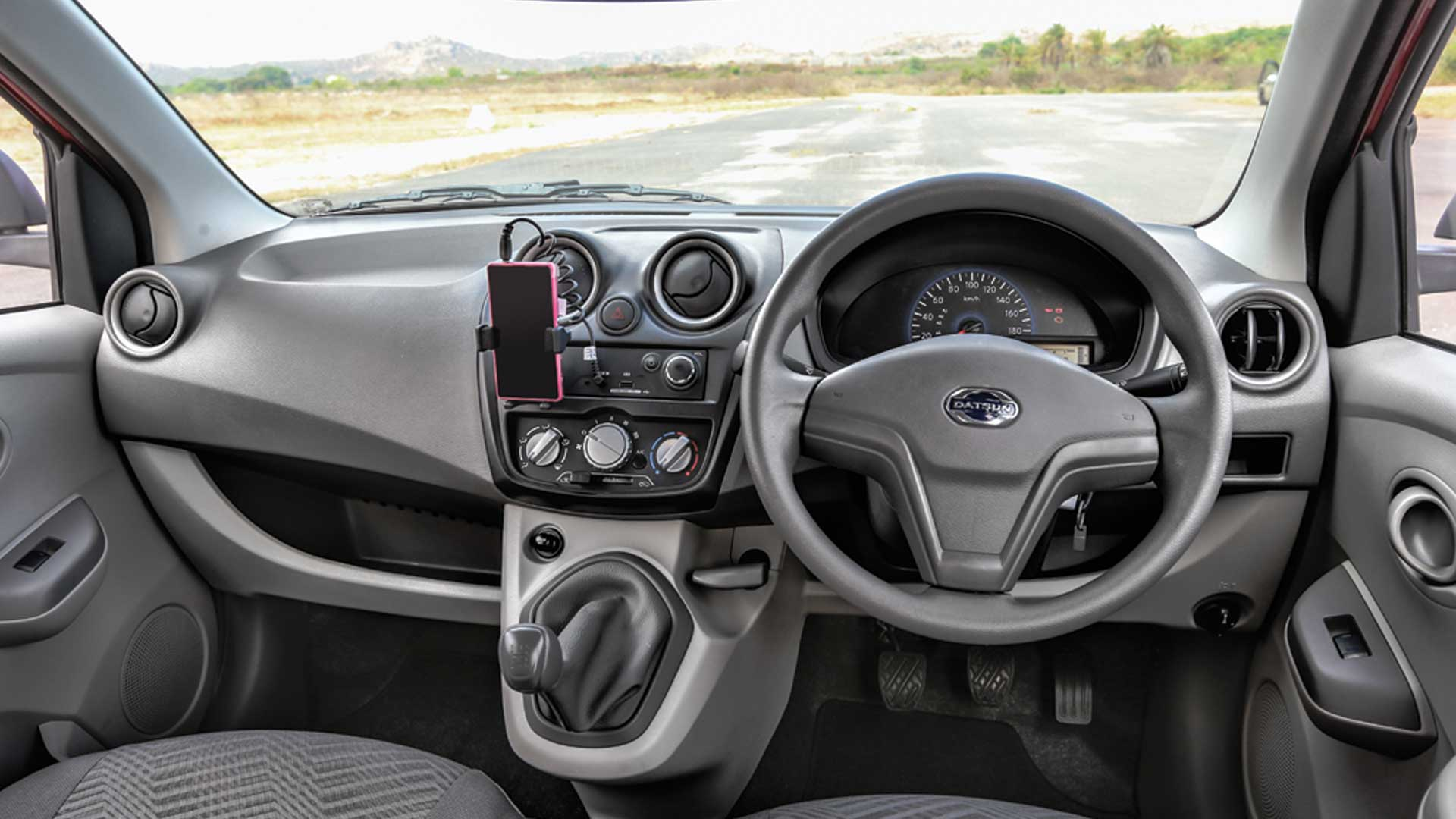 Datsun-go-2014 Interior