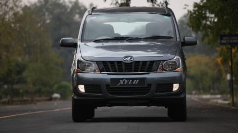 Mahindra Xylo 2014 D2 MAXX BS4 Comparo