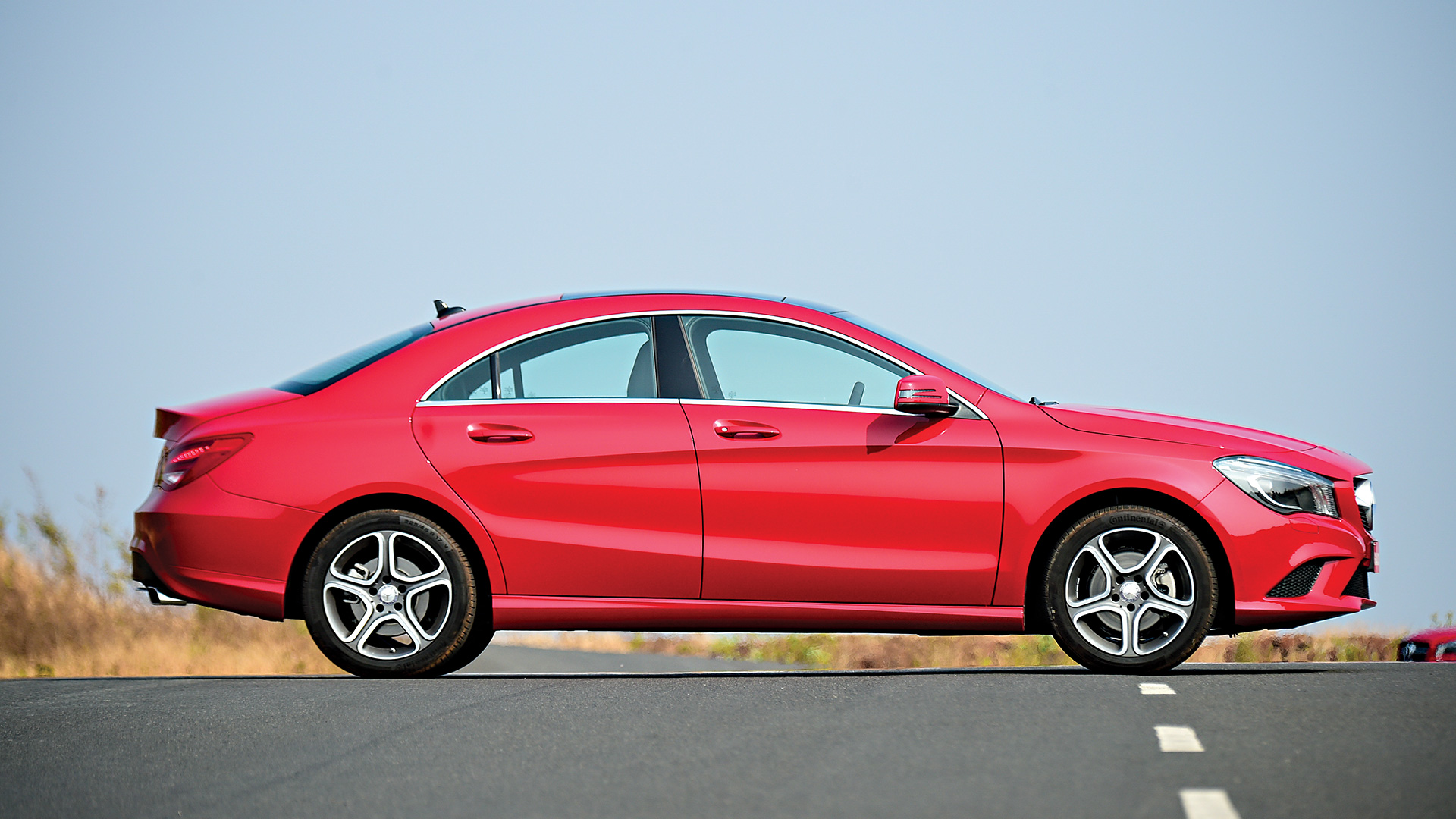Mercedes benz cla 2018 price mileage reviews for Mercedes benz cla 2015 price
