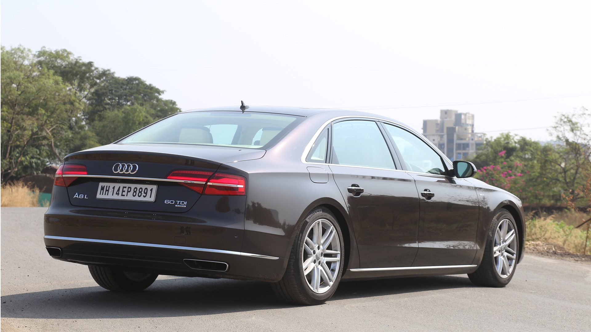 audi a8l 2016 price mileage reviews specification gallery overdrive. Black Bedroom Furniture Sets. Home Design Ideas