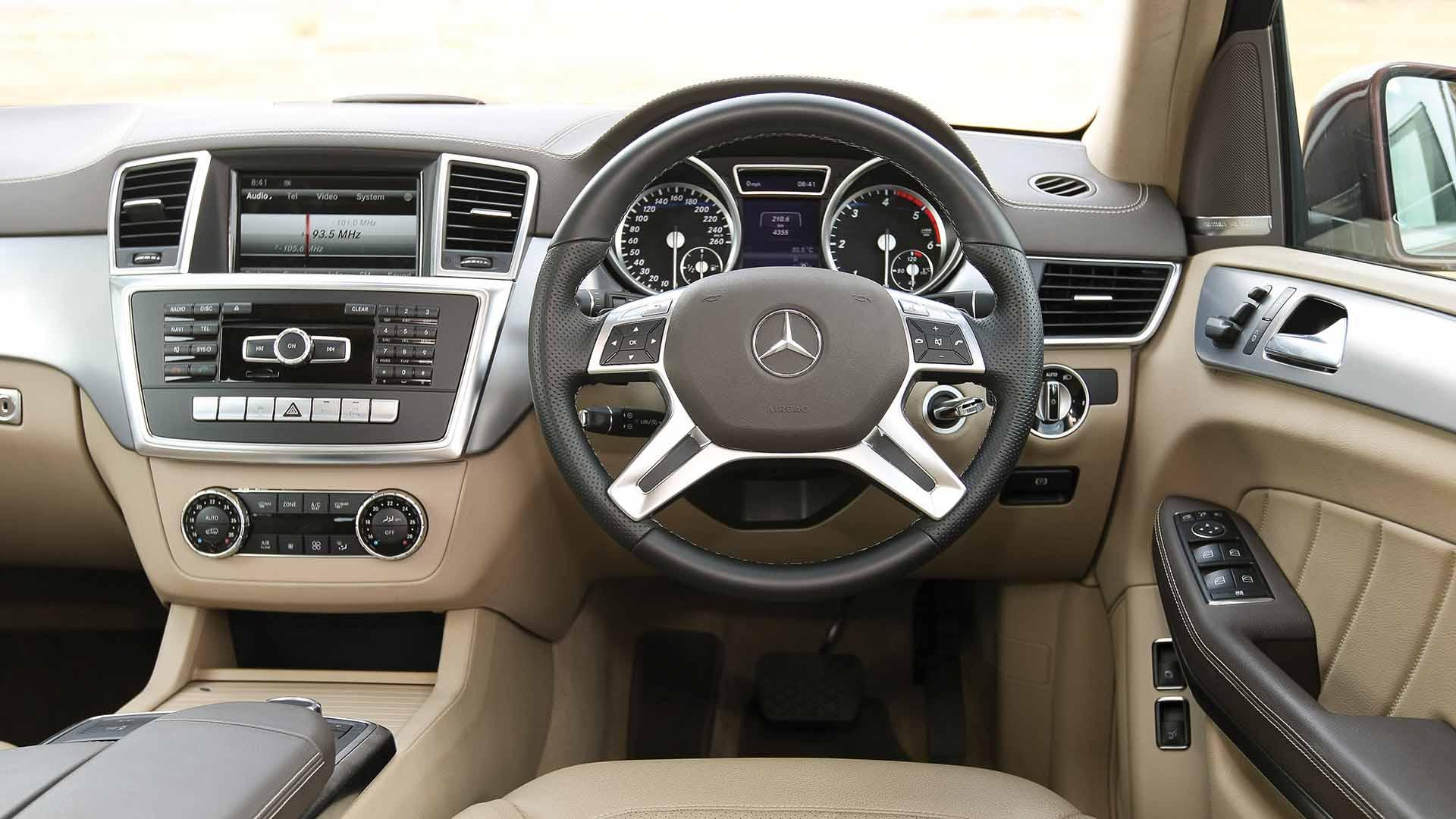 Mercedes Benz gl class 2013 GL 350 CDI luxury Interior Car s