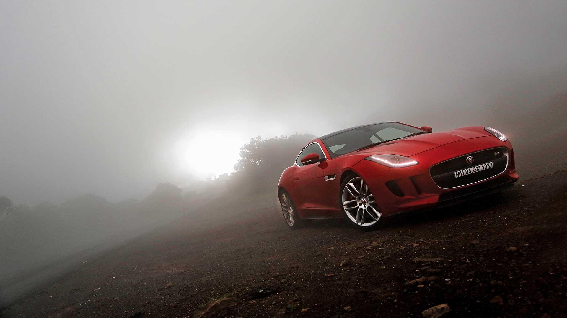 Jaguar-ftype-2014-R 550 PS Exterior