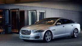 jaguar-xj-2014-2.0l petrol LWB Portfolio Exterior