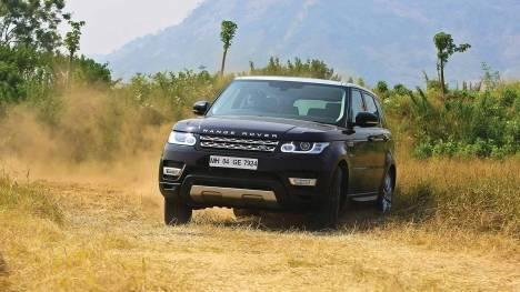 Land Rover Range Rover Sport 2015 3.0 SDV6 HSE Comparo
