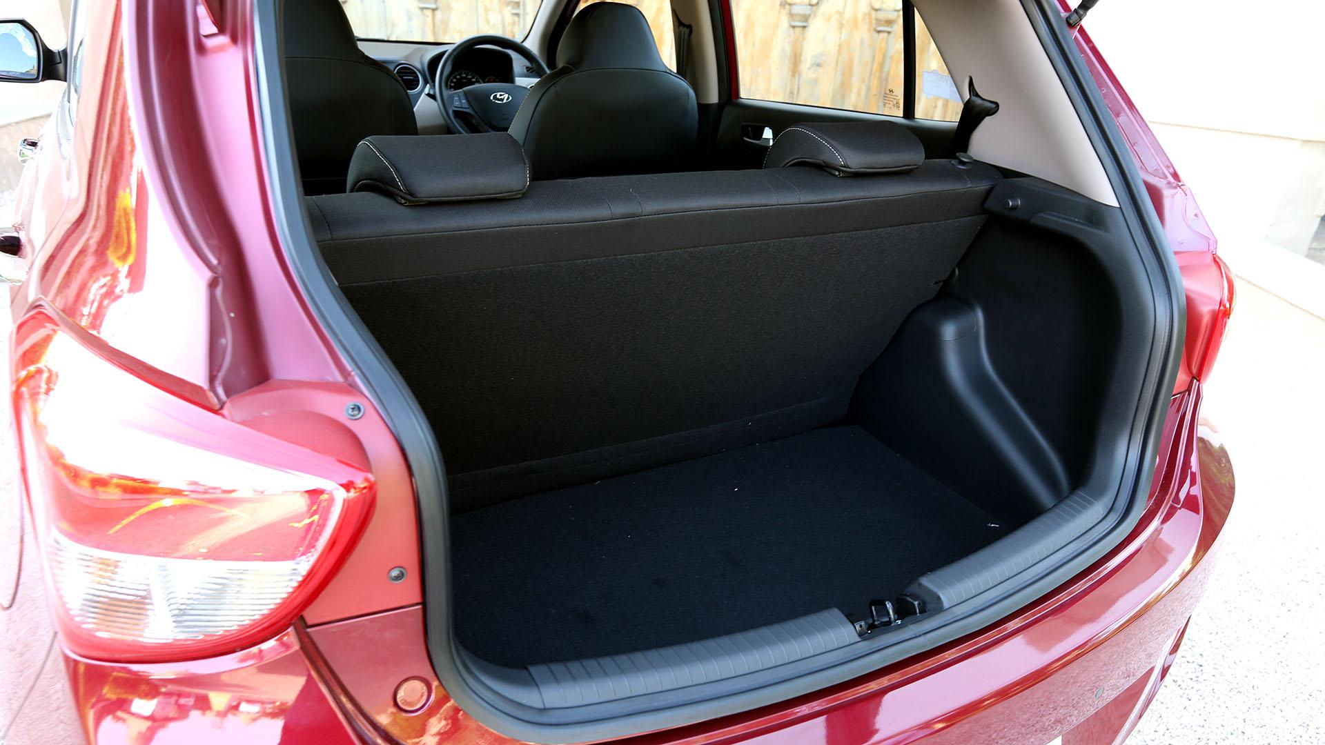 Hyundai-grand-i10-2013 Interior