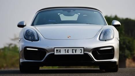 Porsche Boxster 2016 GTS Comparo