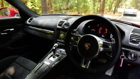 Porsche Cayman 2015 GT4 Interior
