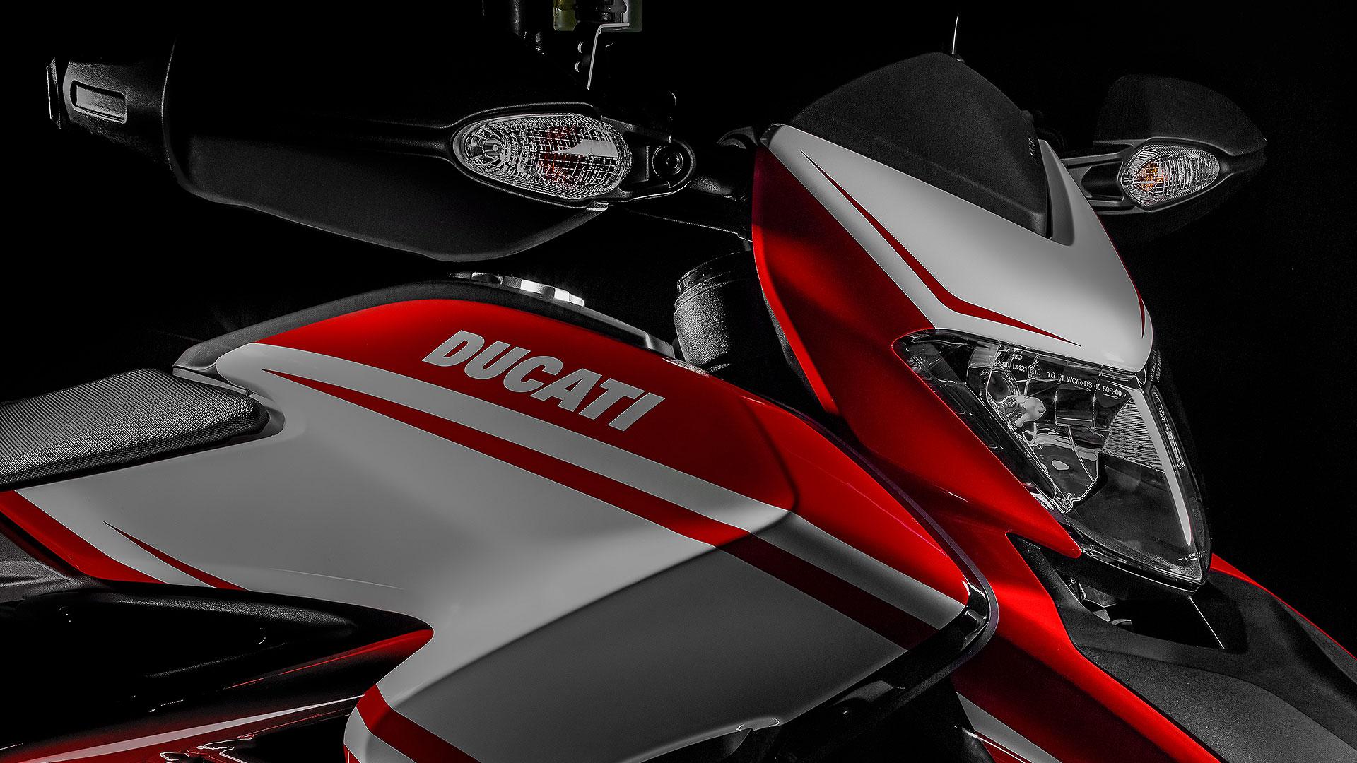 Ducati Hypermotard 821 2015 STD