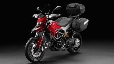Ducati Hyperstrada 2015 STD Comparo